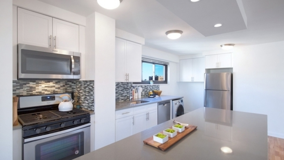 A $4,710.00, 2 bed / 1 bathroom apartment in Upper West Side