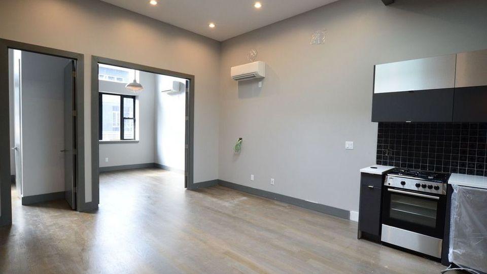 A $850.00, 0 bed / 1 bathroom apartment in Ridgewood