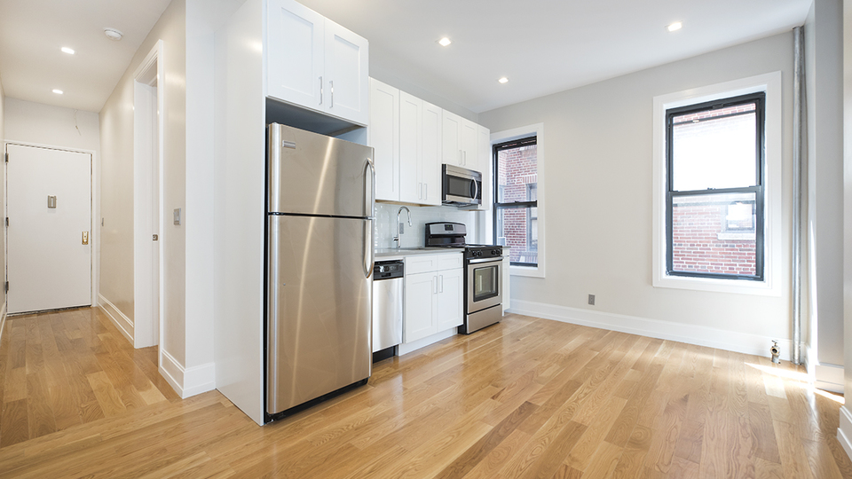 A $2,295.00, 2 bed / 1 bathroom apartment in PLG: Prospect Lefferts Gardens