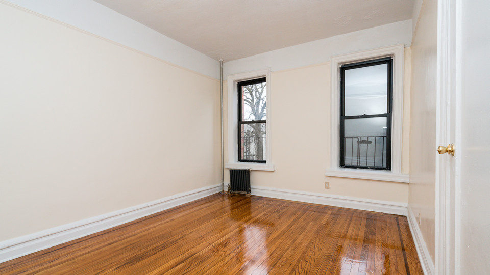 A $1,725.00, 1 bed / 1 bathroom apartment in PLG: Prospect Lefferts Gardens