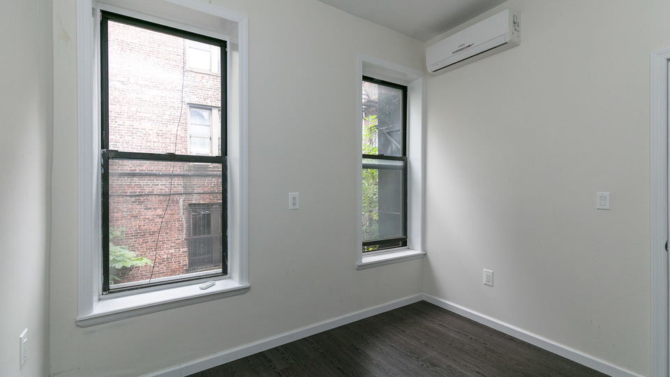 A $3,900.00, 3 bed / 1.5 bathroom apartment in Prospect Heights