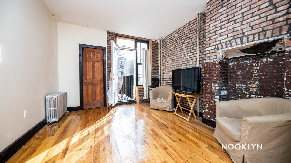 A $2,000.00, 2 bed / 2 bathroom apartment in Bed-Stuy