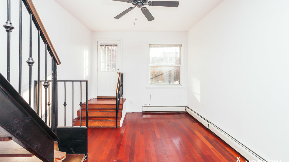A $2,520.00, 2 bed / 2 bathroom apartment in Williamsburg