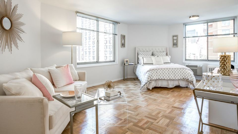 A $4,900.00, 2 bed / 1.5 bathroom apartment in Kips Bay