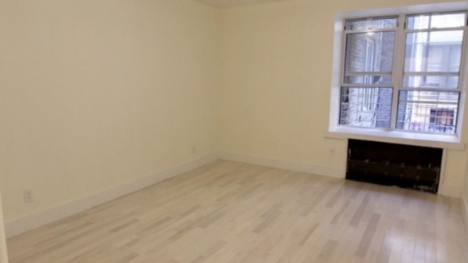 A $2,400.00, 1 bed / 1.5 bathroom apartment in Prospect Park South