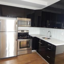 A $4,800.00, 5 bed / 2 bathroom apartment in Bushwick