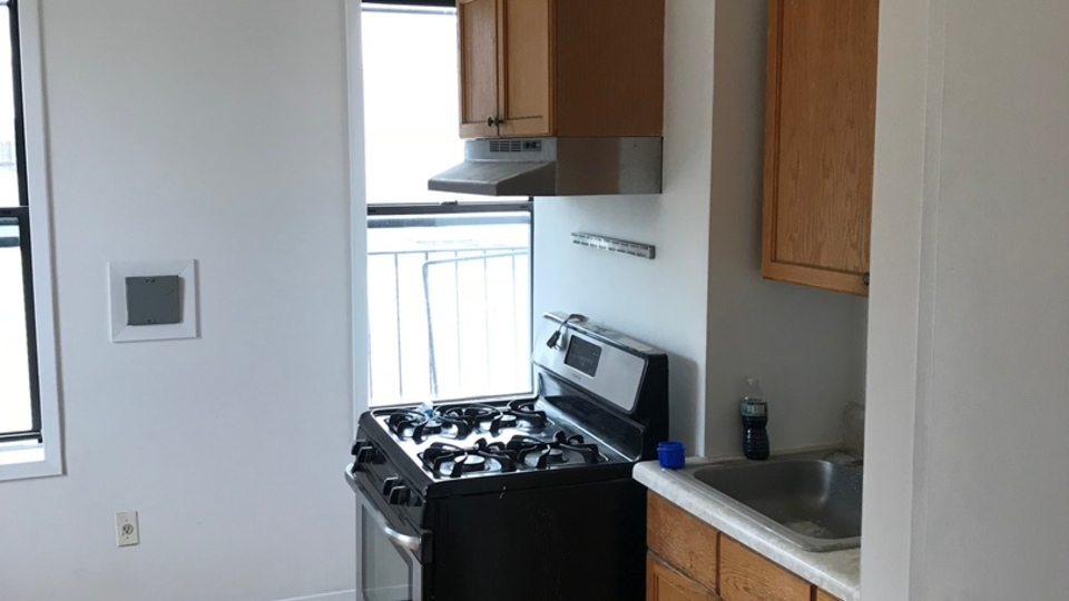 A $2,350.00, 2 bed / 1 bathroom apartment in Williamsburg