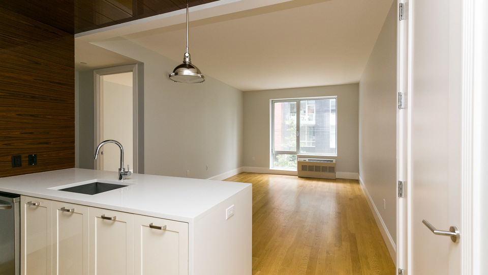 A $5,985.00, 2 bed / 2 bathroom apartment in Williamsburg