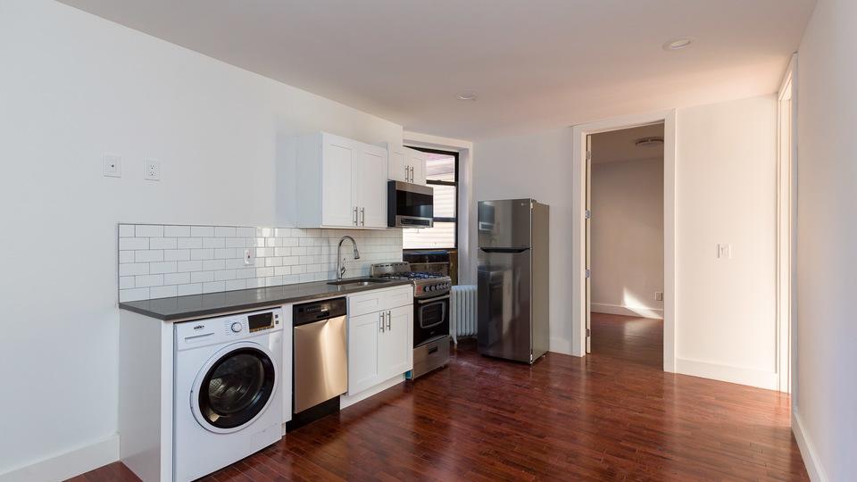 A $2,520.00, 3 bed / 1 bathroom apartment in Kensington