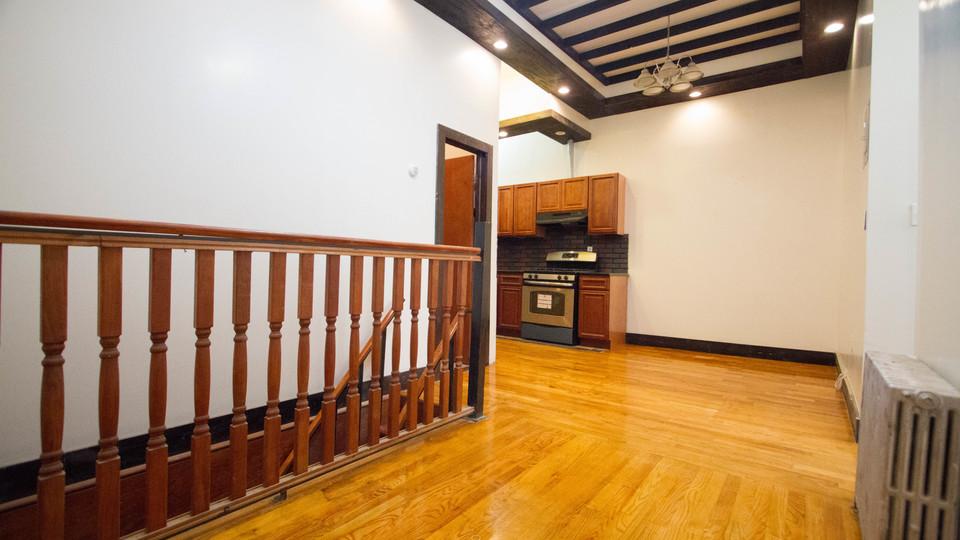 A $2,300.00, 2.5 bed / 1 bathroom apartment in Bushwick