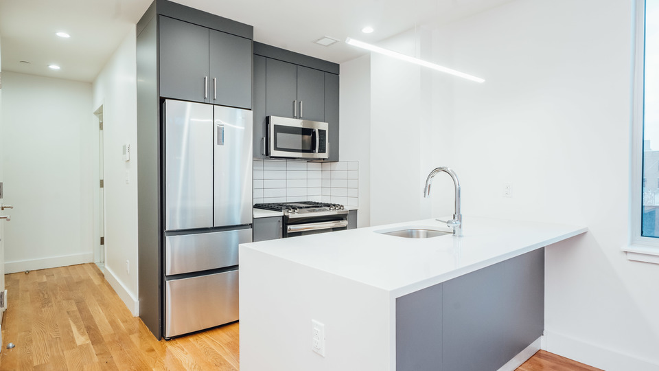 A $2,200.00, 0 bed / 1 bathroom apartment in Crown Heights