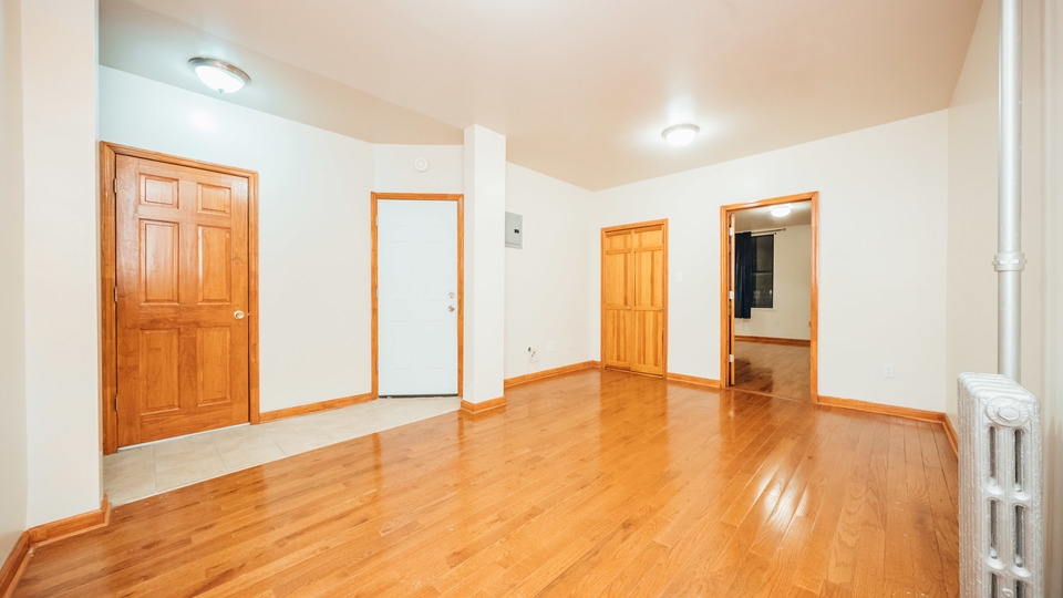A $2,200.00, 2.5 bed / 1 bathroom apartment in Bushwick