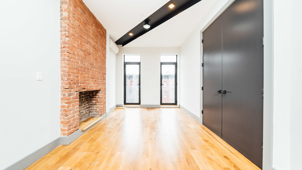 A $3,110.00, 1 bed / 2 bathroom apartment in Williamsburg