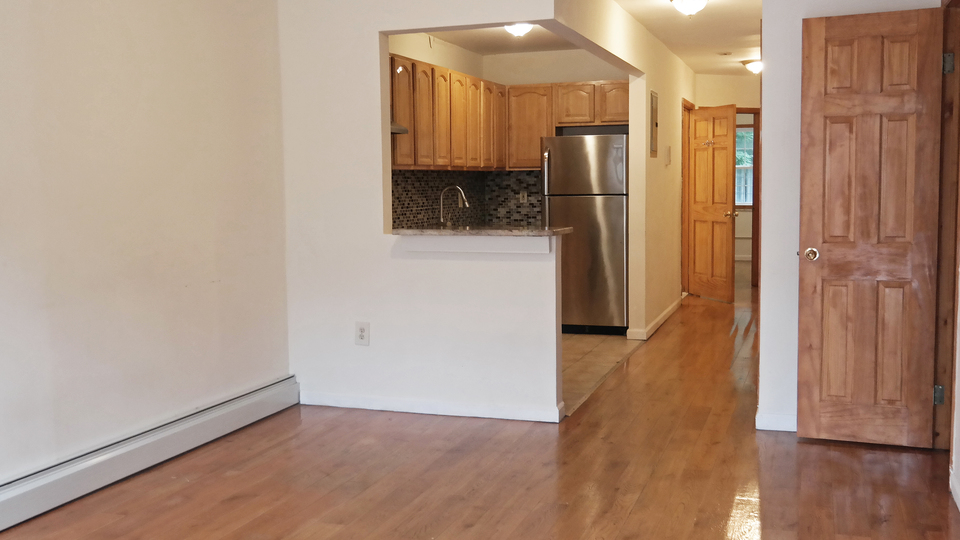 A $2,300.00, 2.5 bed / 1.5 bathroom apartment in Bed-Stuy