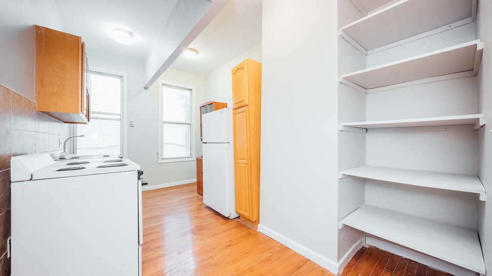 A $1,900.00, 2 bed / 1 bathroom apartment in Williamsburg