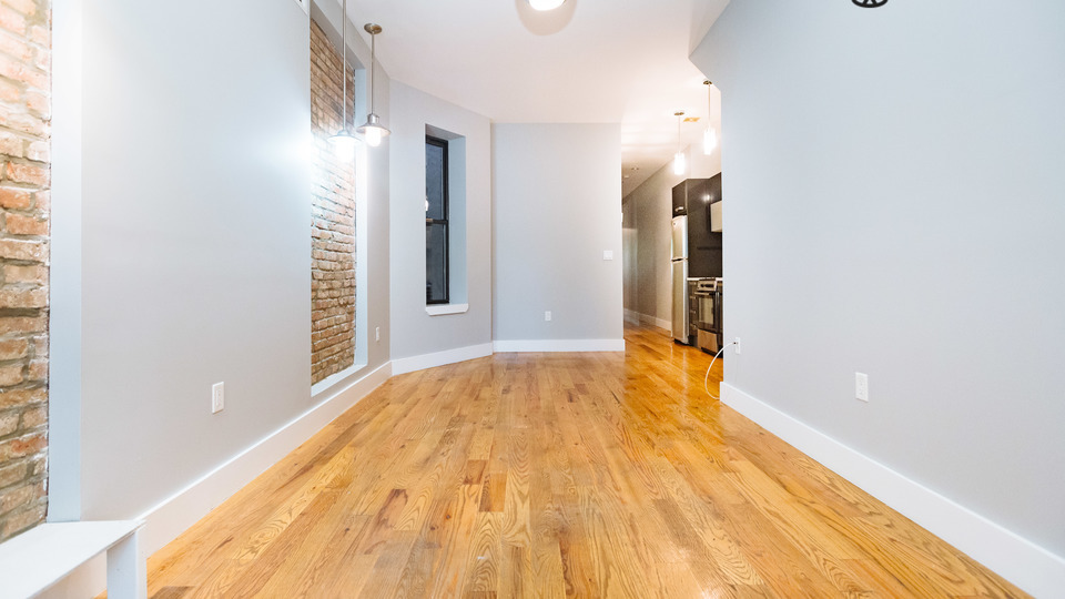 A $2,675.00, 4 bed / 1.5 bathroom apartment in Bed-Stuy
