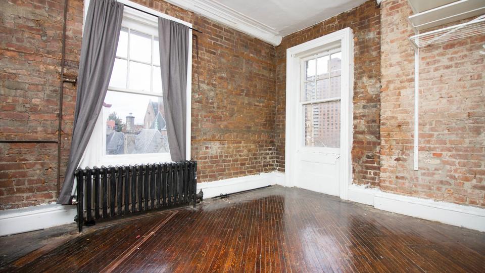 A $1,700.00, 0 bed / 1 bathroom apartment in Clinton Hill