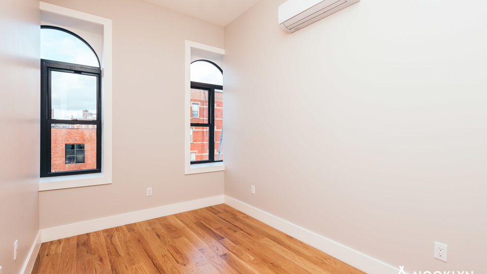 A $4,600.00, 4 bed / 4 bathroom apartment in Bed-Stuy