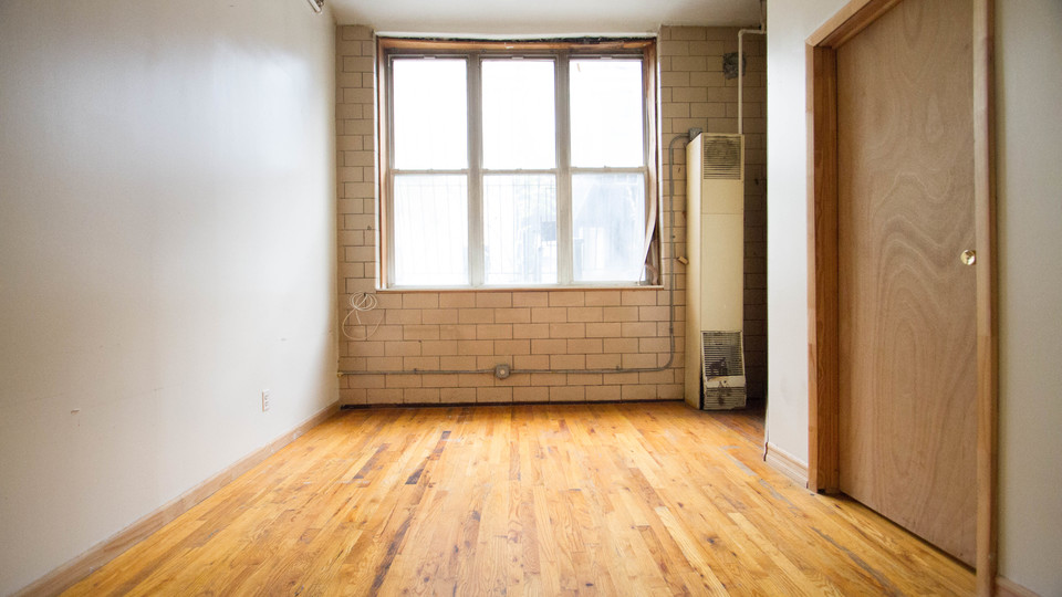 A $3,000.00, 4 bed / 1 bathroom apartment in Bushwick