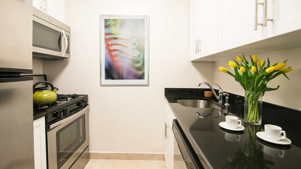 A $7,235.00, 3 bed / 2 bathroom apartment in Upper West Side