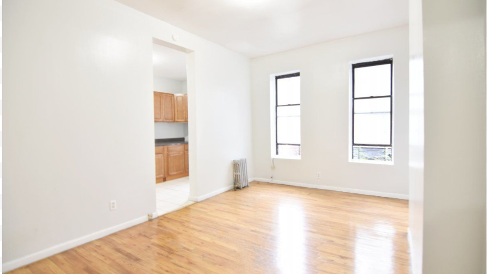 A $2,100.00, 2 bed / 1 bathroom apartment in Harlem