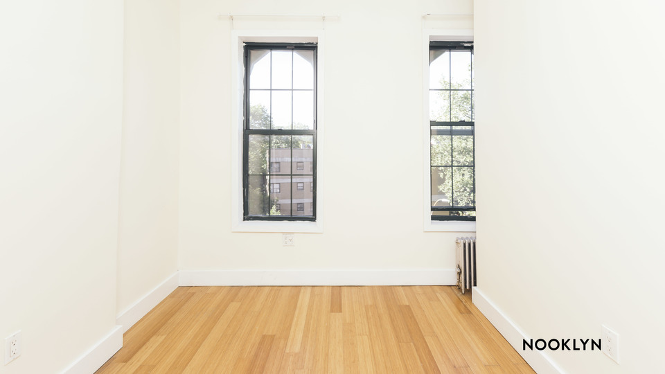 A $2,250.00, 2 bed / 1 bathroom apartment in Williamsburg