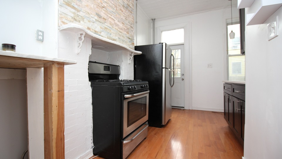 A $2,500.00, 1.5 bed / 1 bathroom apartment in Greenpoint