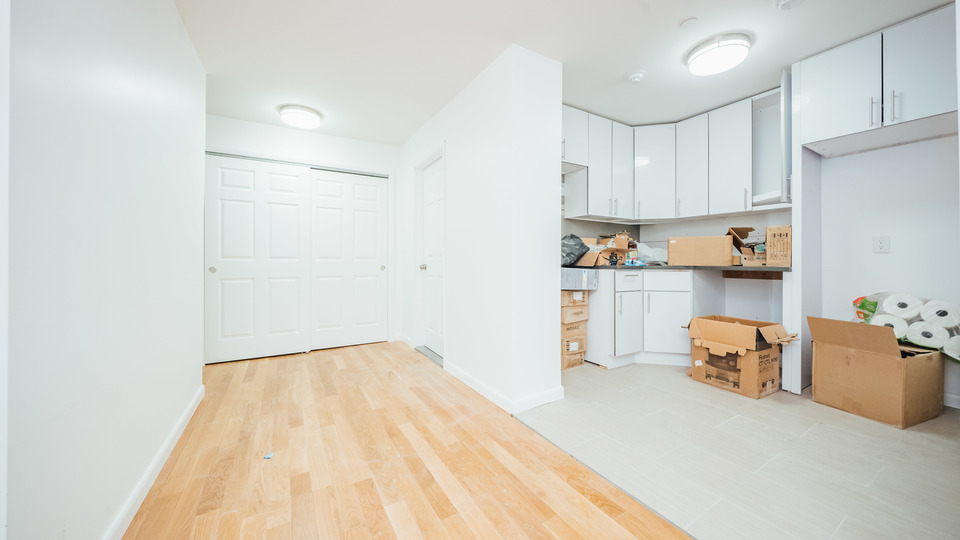 A $2,200.00, 1.5 bed / 1 bathroom apartment in Bed-Stuy