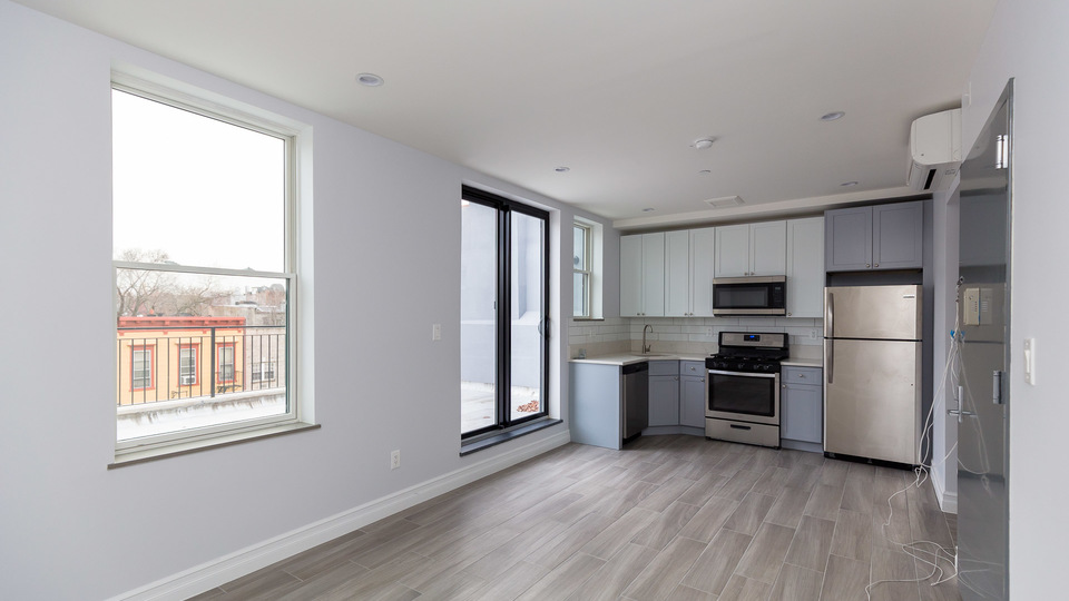 A $2,950.00, 2 bed / 2 bathroom apartment in Bed-Stuy