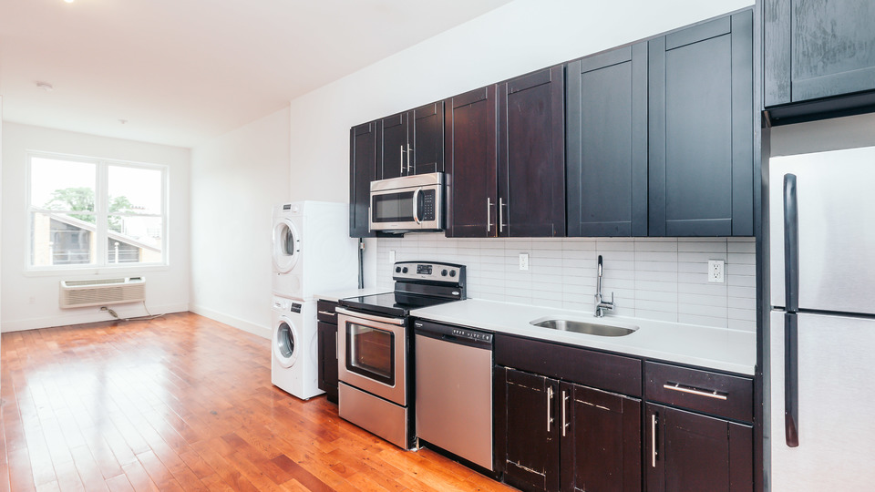 A $3,300.00, 4 bed / 2 bathroom apartment in Bushwick