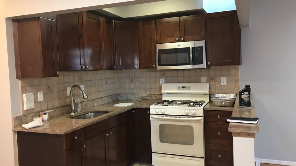 A $2,400.00, 3 bed / 1 bathroom apartment in Woodhaven