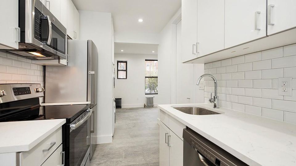 A $1,980.00, 1 bed / 1 bathroom apartment in PLG: Prospect Lefferts Gardens