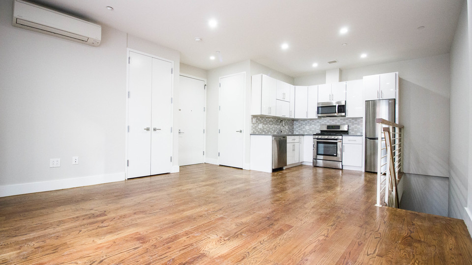 A $2,675.00, 1 bed / 1.5 bathroom apartment in Downtown Brooklyn