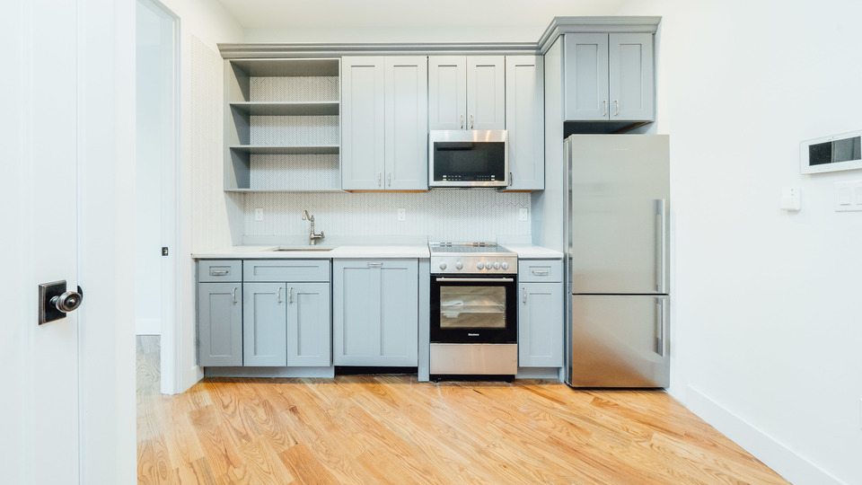 A $3,995.00, 2.5 bed / 1.5 bathroom apartment in Prospect Heights