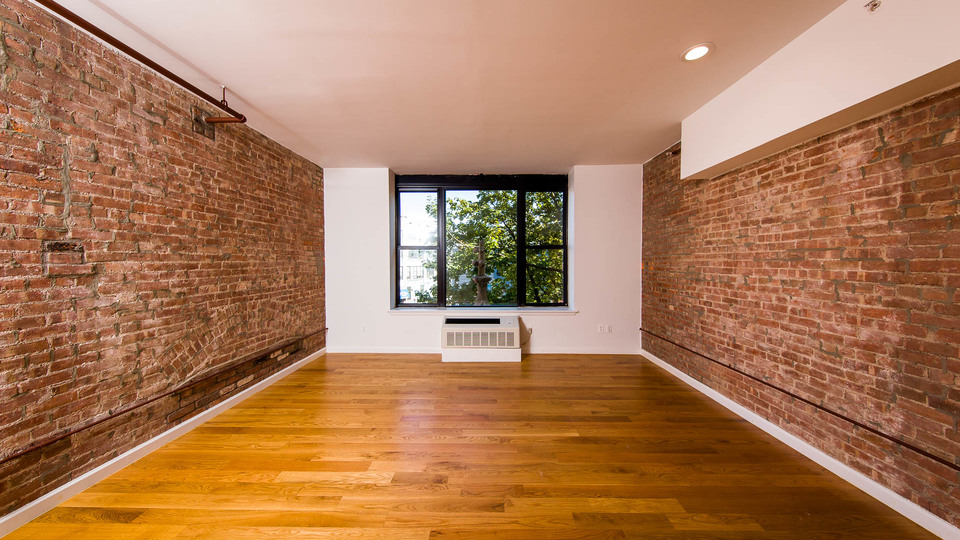 A $2,449.00, 1 bed / 1 bathroom apartment in Bushwick