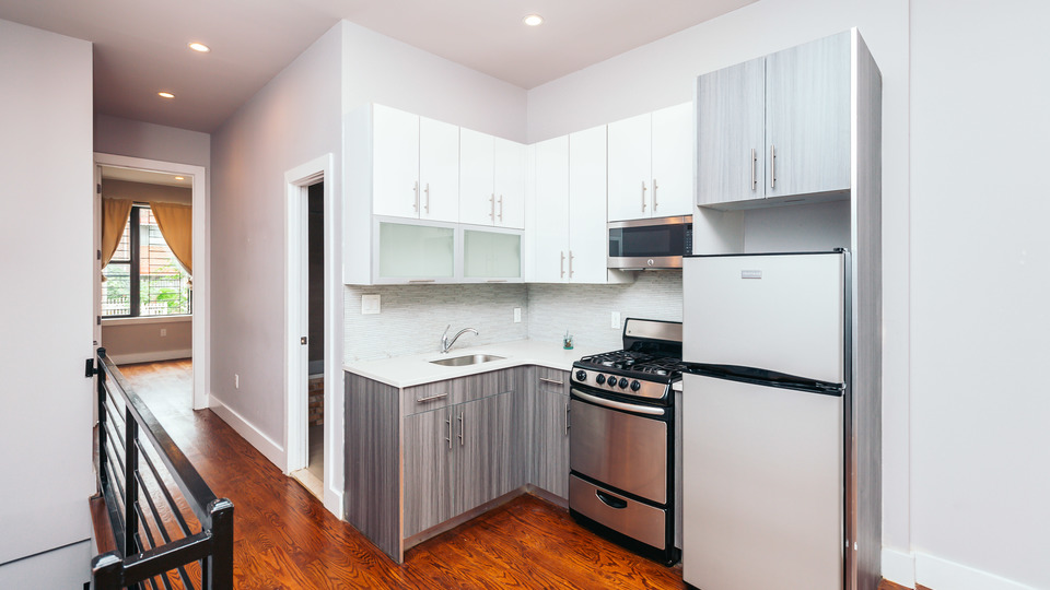 A $3,930.00, 4 bed / 1.5 bathroom apartment in Bushwick