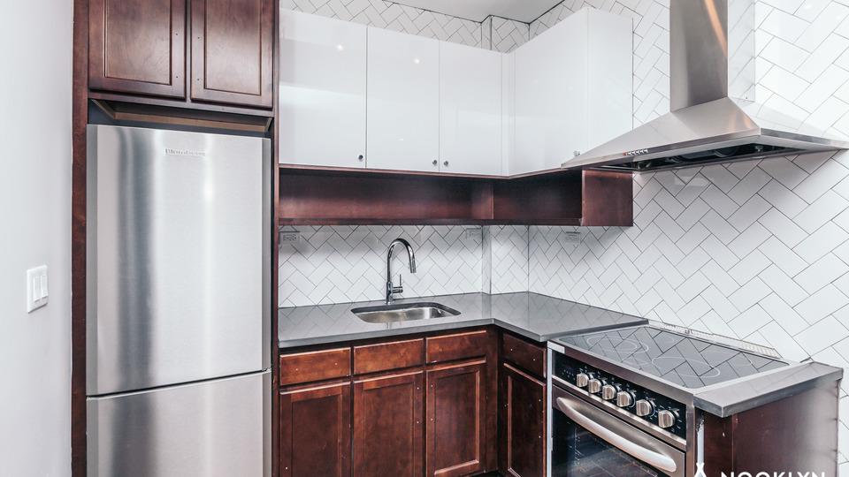 A $4,400.00, 4 bed / 2 bathroom apartment in Bushwick