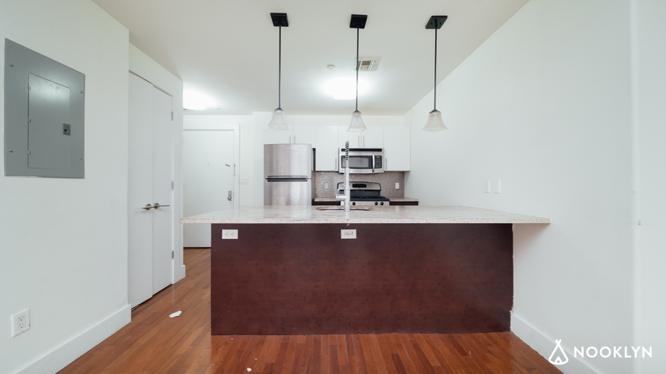 A $3,675.00, 2.5 bed / 1.5 bathroom apartment in Williamsburg