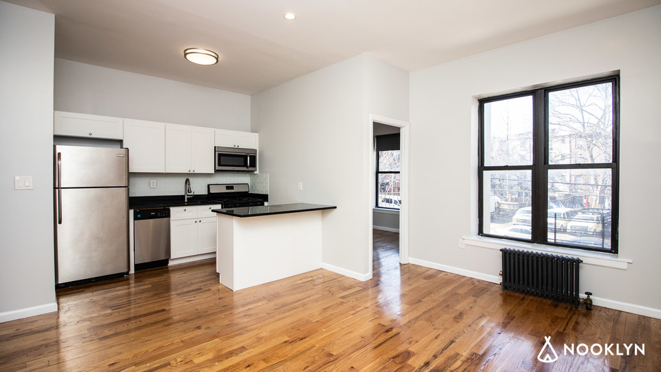 A $2,675.00, 2 bed / 1 bathroom apartment in Bed-Stuy