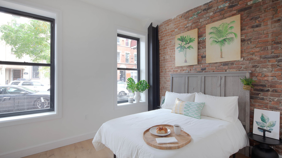 A $4,000.00, 3 bed / 2 bathroom apartment in Bushwick