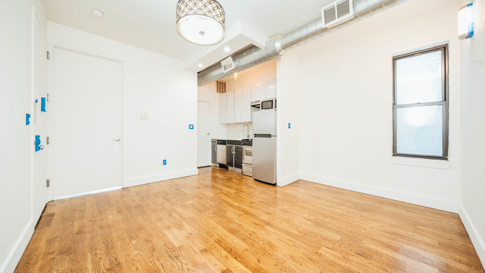 A $2,145.00, 2 bed / 1 bathroom apartment in Bushwick