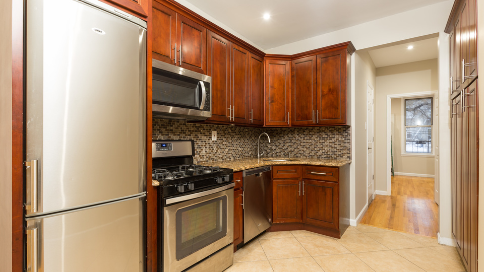 A $2,900.00, 2 bed / 1.5 bathroom apartment in Williamsburg