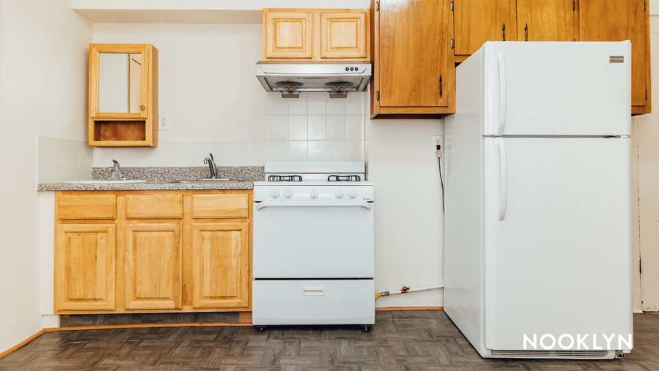A $2,100.00, 1.5 bed / 1 bathroom apartment in Greenpoint