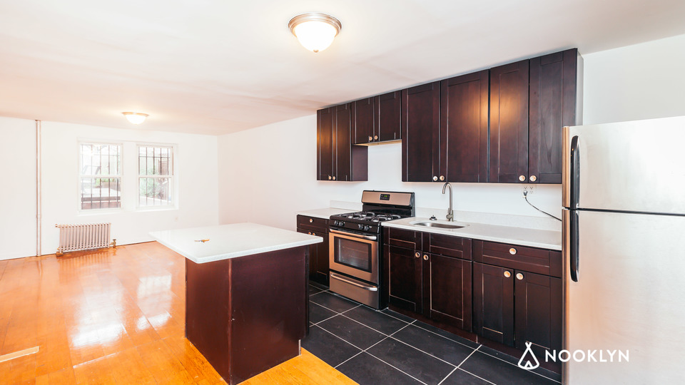 A $2,779.00, 2 bed / 1 bathroom apartment in Bed-Stuy