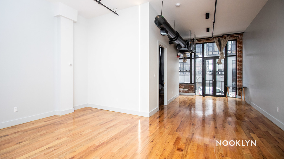 A $3,200.00, 1 bed / 1 bathroom apartment in Williamsburg