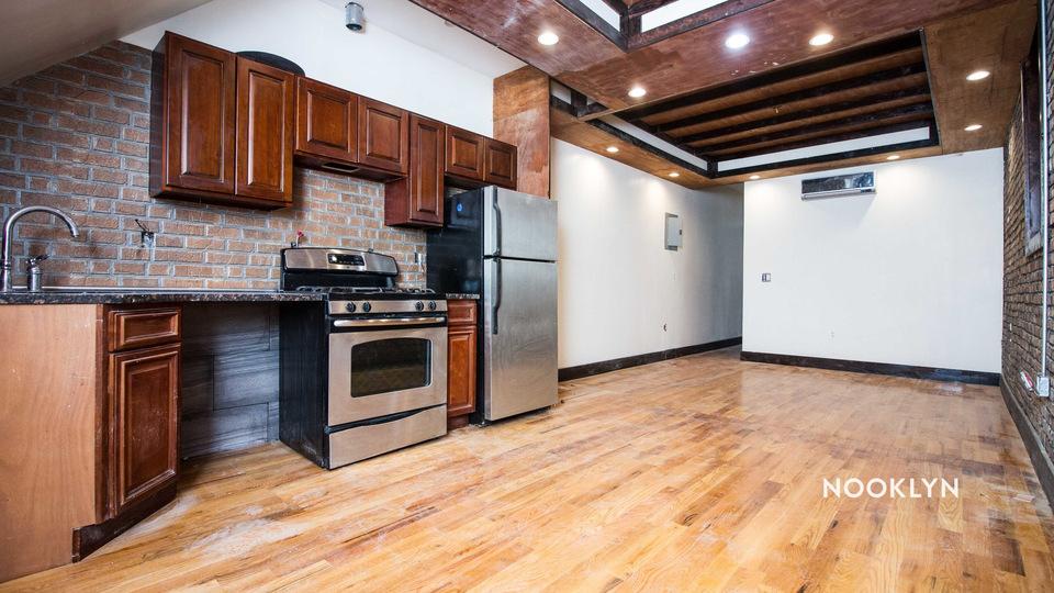 A $2,200.00, 2 bed / 2 bathroom apartment in Bushwick