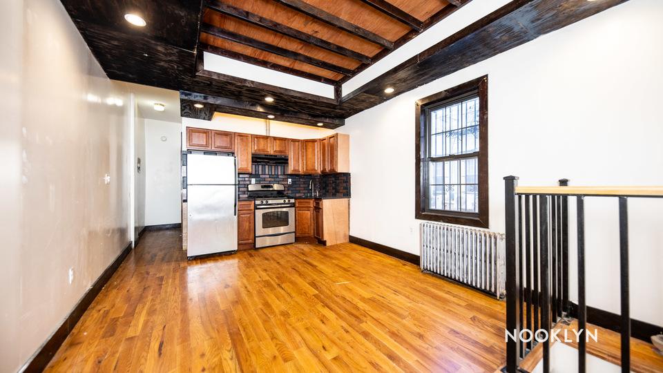 A $2,200.00, 2 bed / 1.5 bathroom apartment in Bushwick