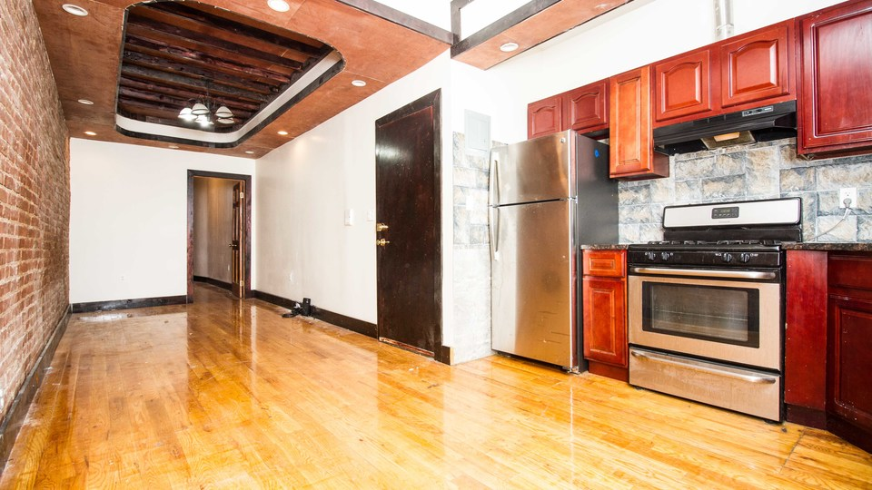 A $2,500.00, 3 bed / 1.5 bathroom apartment in Bushwick