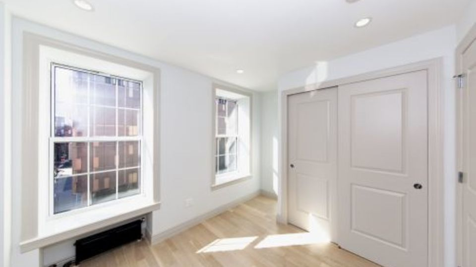 A $4,954.00, 2 bed / 1 bathroom apartment in East Village