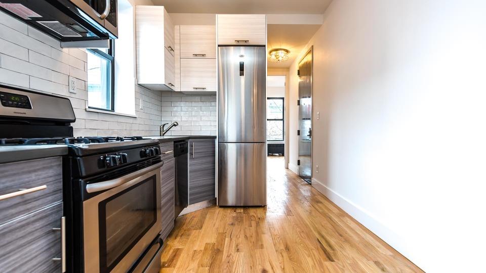 A $2,635.00, 3 bed / 1.5 bathroom apartment in Ridgewood